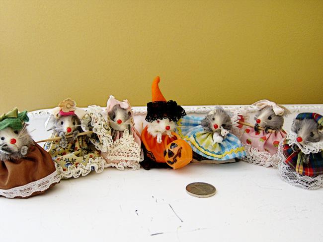 dressed mice