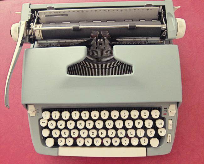 typewriter web